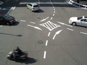 交差点バイク